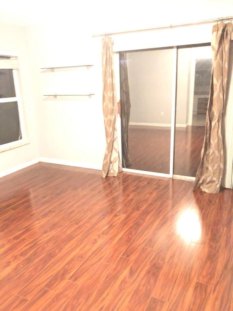 12801 Wood Floor 1