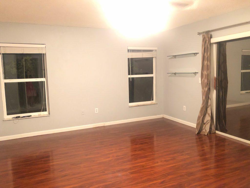 12801 Wood Floor